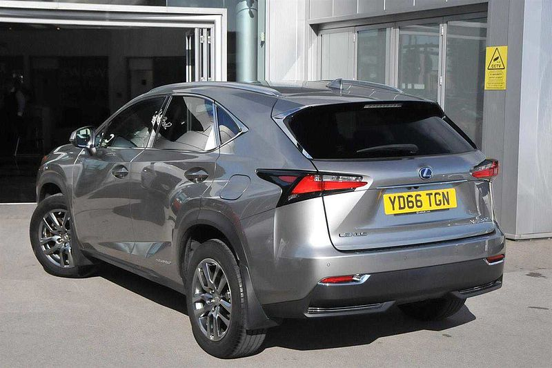 Lexus Nx Estate 300h 2.5 Luxury 5dr CVT